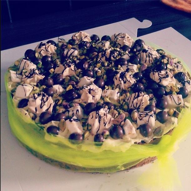 Pistache-nougat-chocolate-pandan-swirl